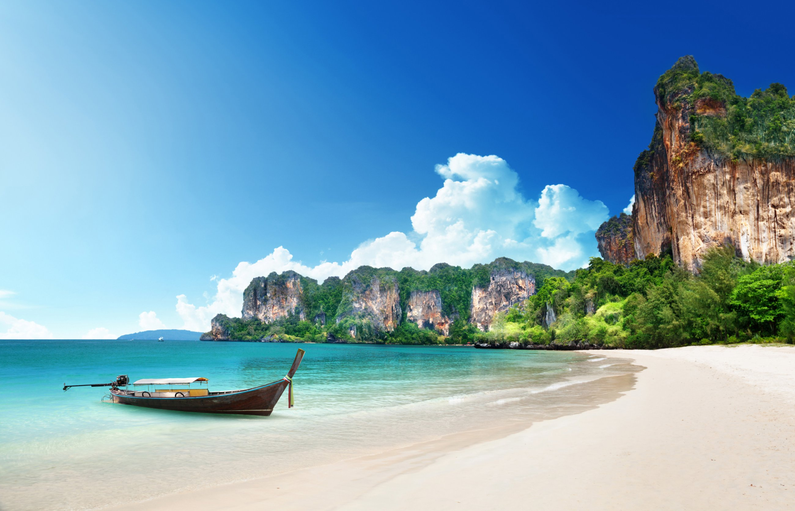 https://bubo.sk/uploads/galleries/5064/krabi-thajsko-railay-beach-dreamstime-xl-28775974.jpg