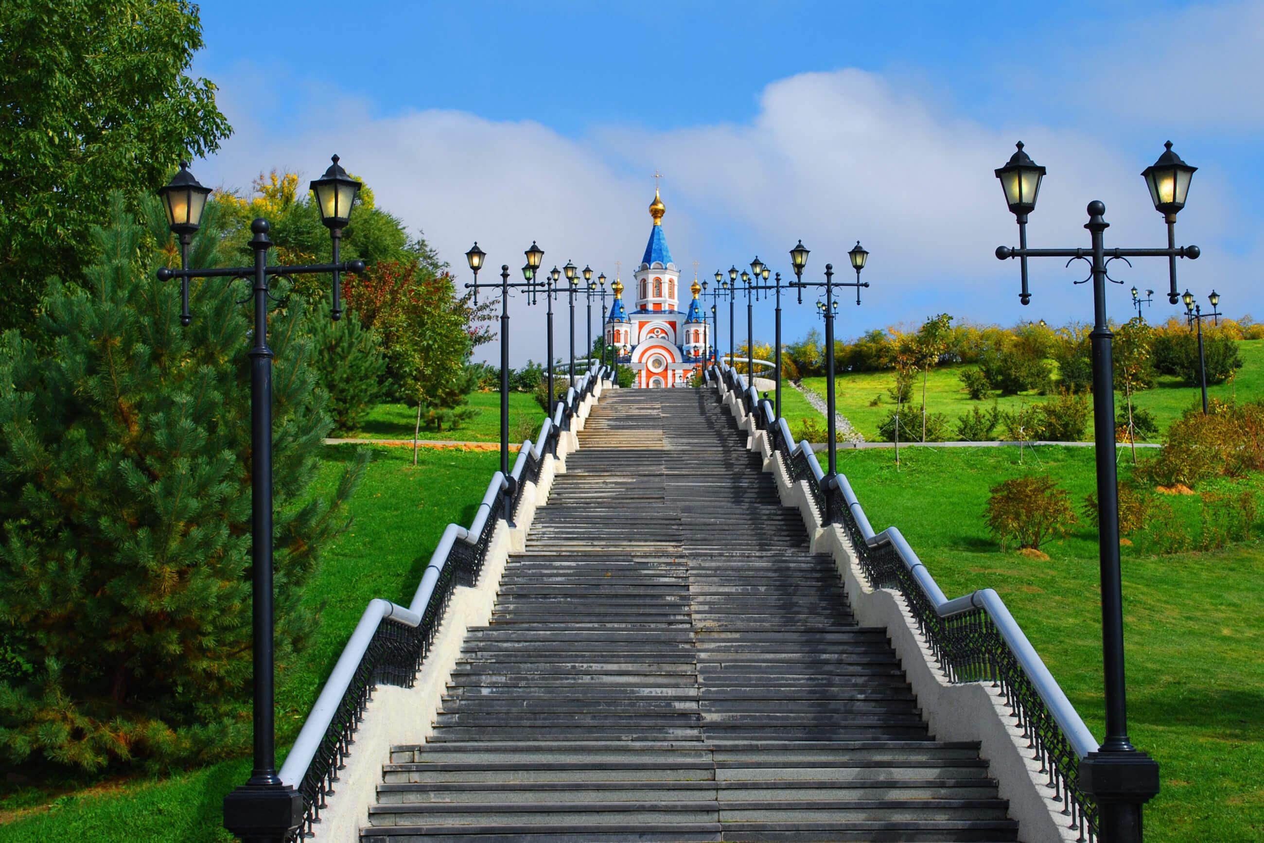 https://bubo.sk/uploads/galleries/7219/rusko_chabarovsk_temple-897195.jpg