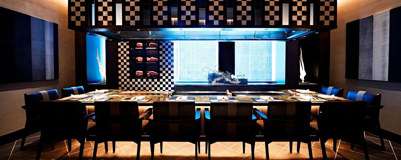https://bubo.sk/uploads/galleries/7300/osaxr-teppanyaki-restaurant-6292-hor-feat.jpg