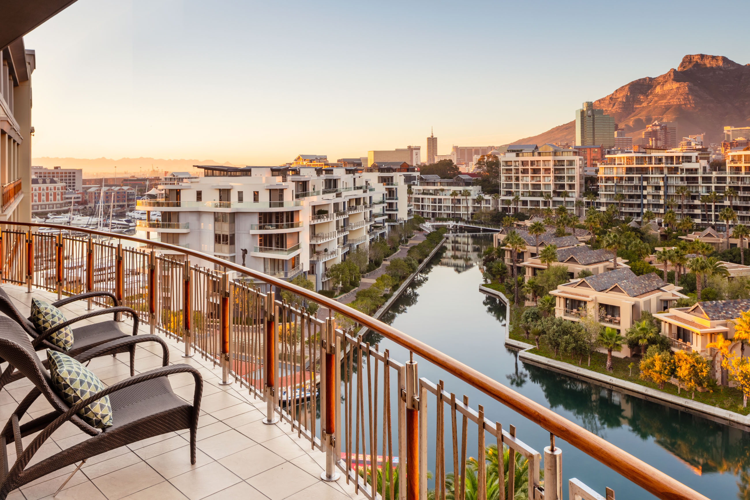 https://bubo.sk/uploads/galleries/7303/oo_capetown_exterior_suite_balcony_view_wide_2521-hdr_master.jpg