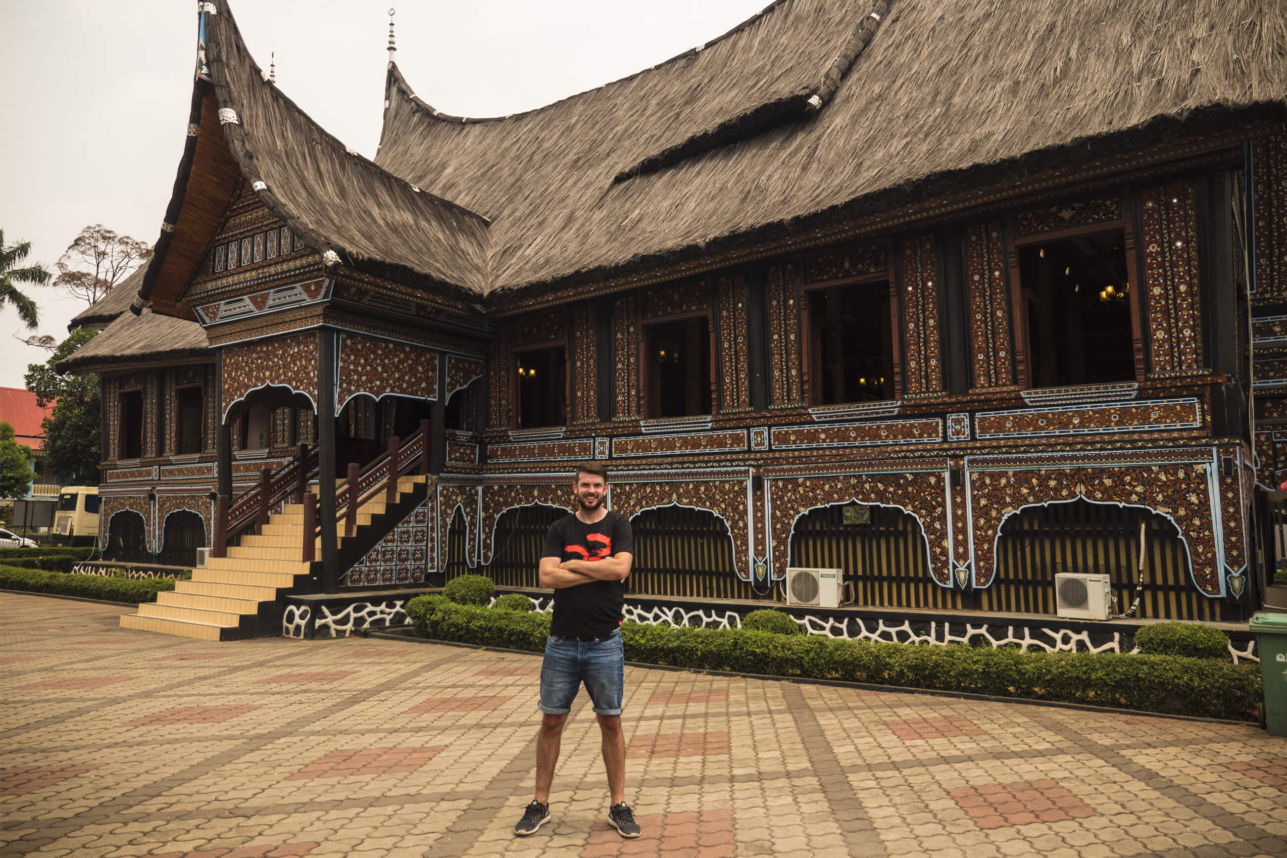 https://bubo.sk/uploads/galleries/7304/martin_simko_indonezia_java.jpg