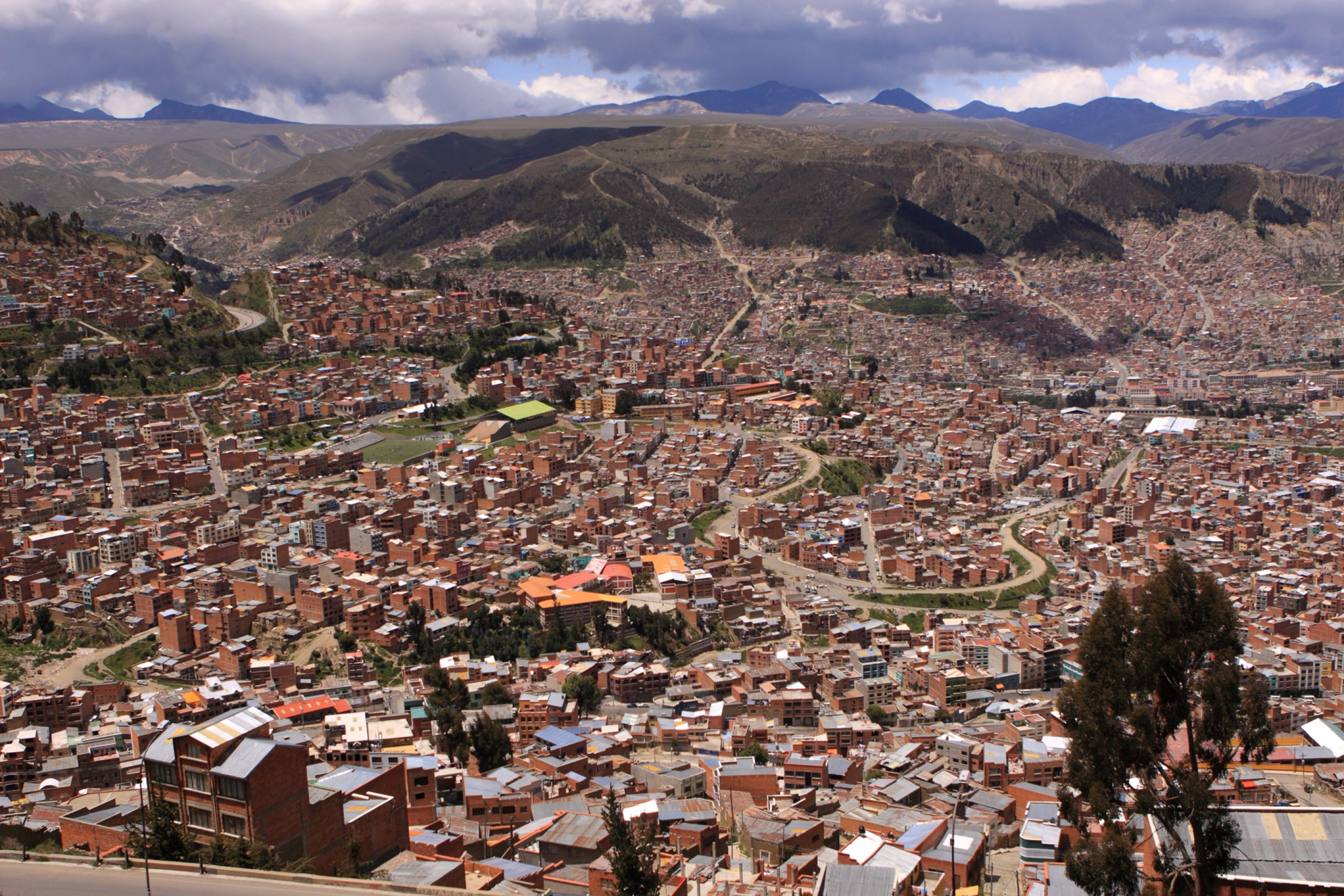 https://bubo.sk/uploads/galleries/7314/bolivia-la-paz-shutterstock-233802457-2-.jpg