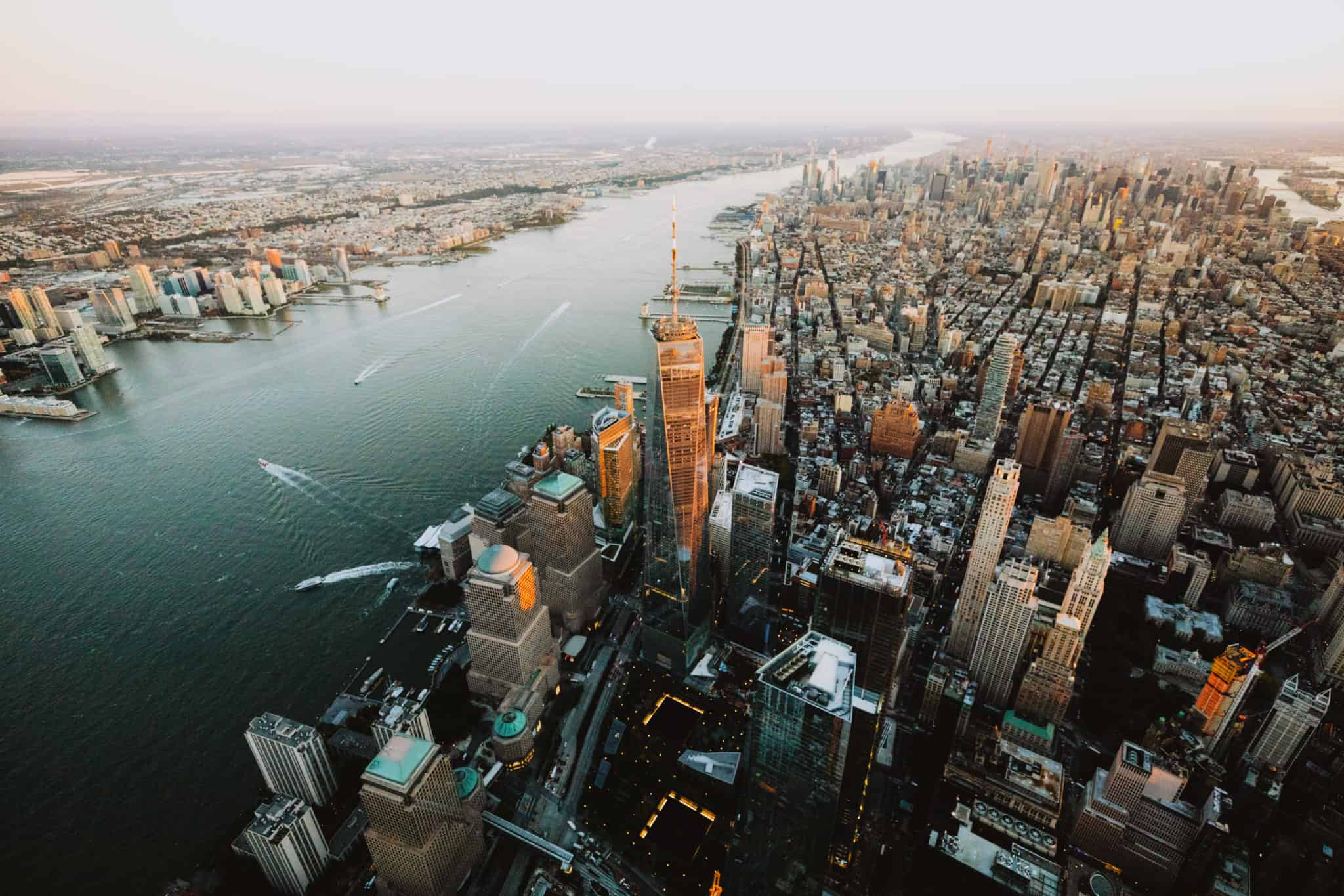 https://bubo.sk/uploads/galleries/7322/new-york-city-fly-nyon-doors-off-helicopter-photography-flying-above-new-york-city-the-mandagie-best-photo-spots-in-nyc-22.jpg
