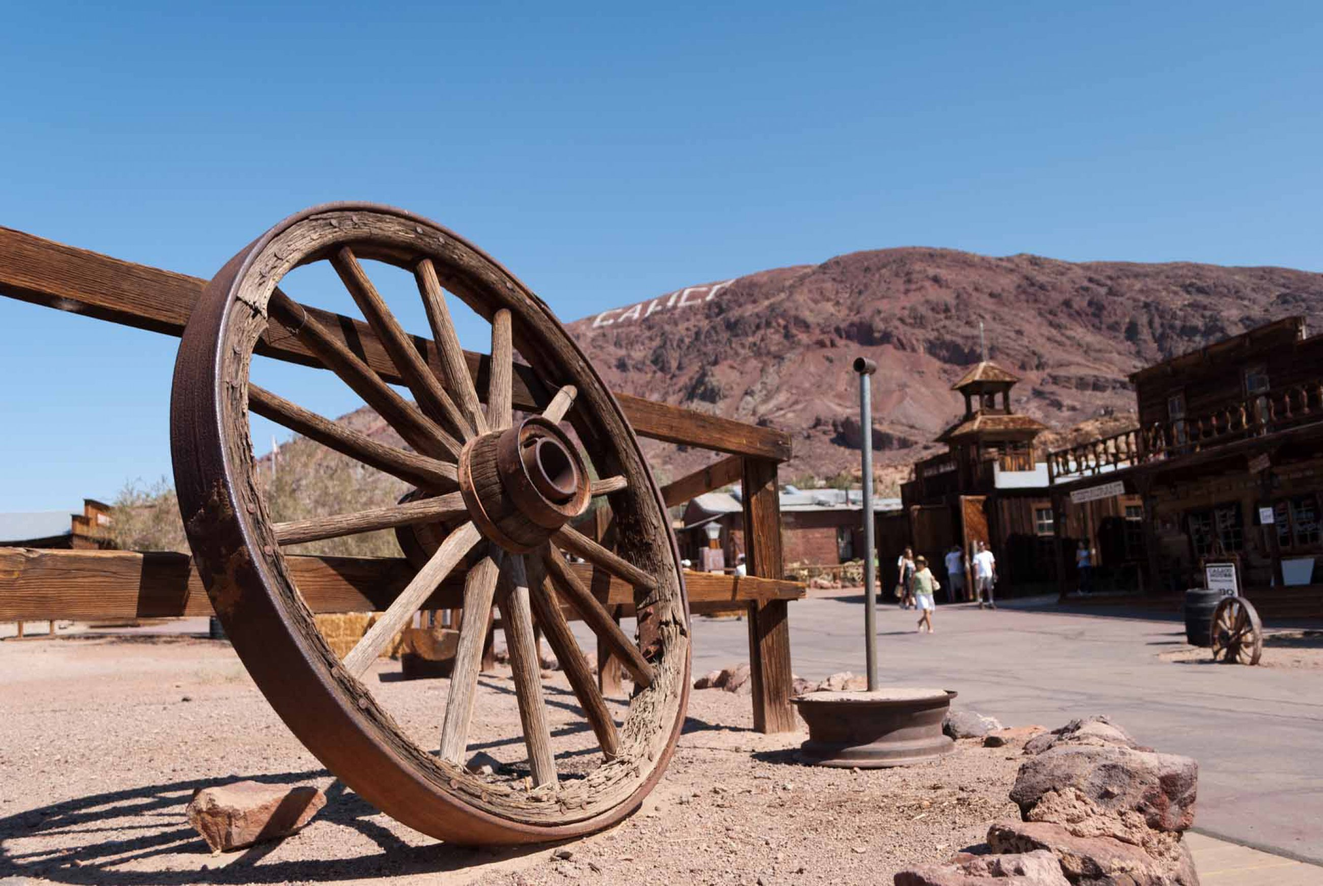 https://bubo.sk/uploads/galleries/7324/calico-town-usa-dreamstime-xl-18854022.jpg