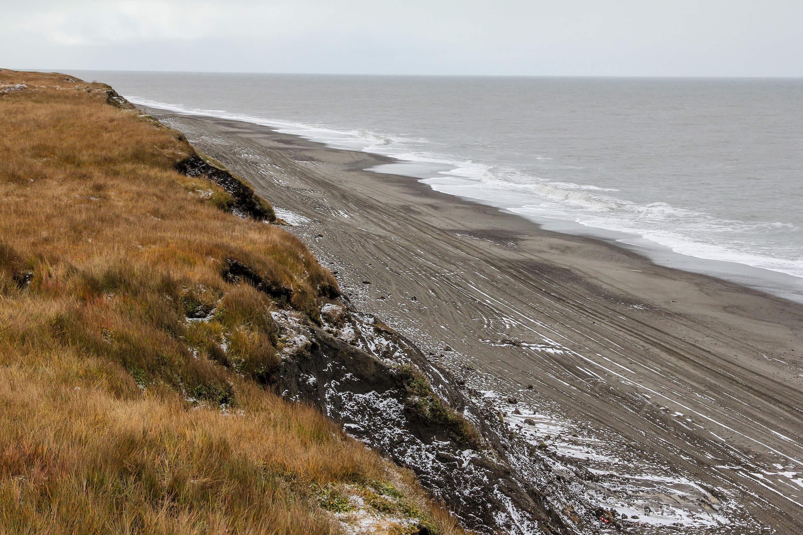 https://bubo.sk/uploads/galleries/7325/barrow-pieskove-plaze-cukotskeho-mora-1.jpg
