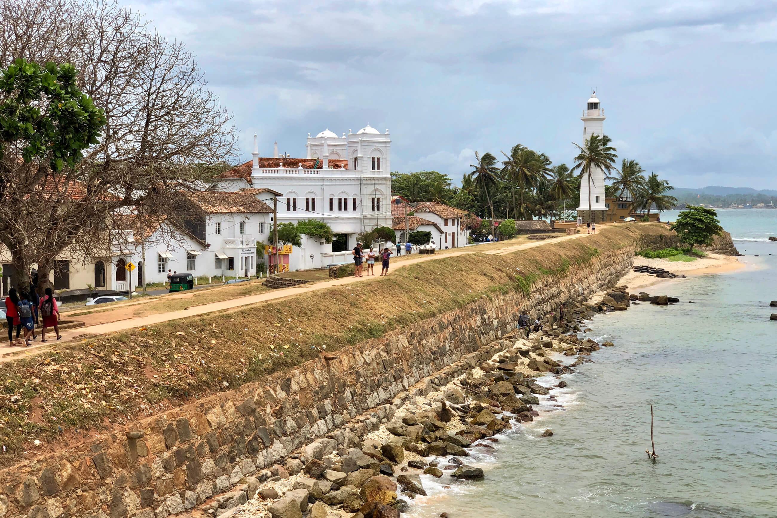 https://bubo.sk/uploads/galleries/7327/robert_taraba_srilanka_galle6.jpg
