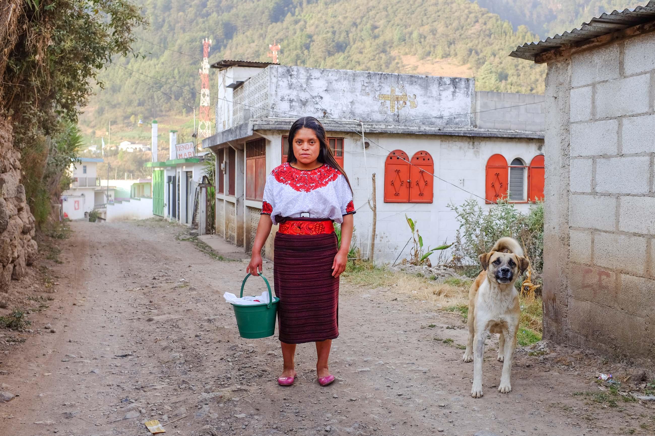 https://bubo.sk/uploads/galleries/7338/katkaliskovast_guatemala_-59-.jpg