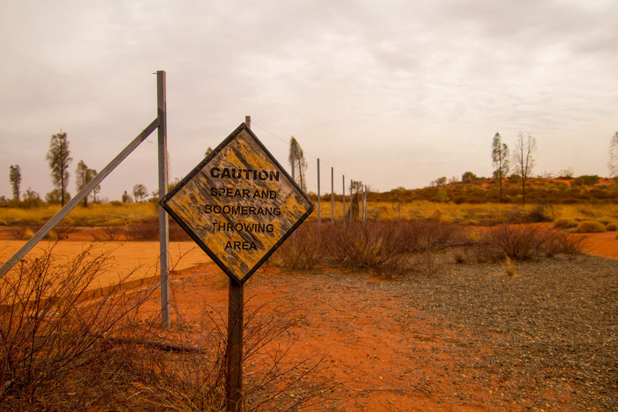 https://bubo.sk/uploads/galleries/7339/yulara---outback.jpg