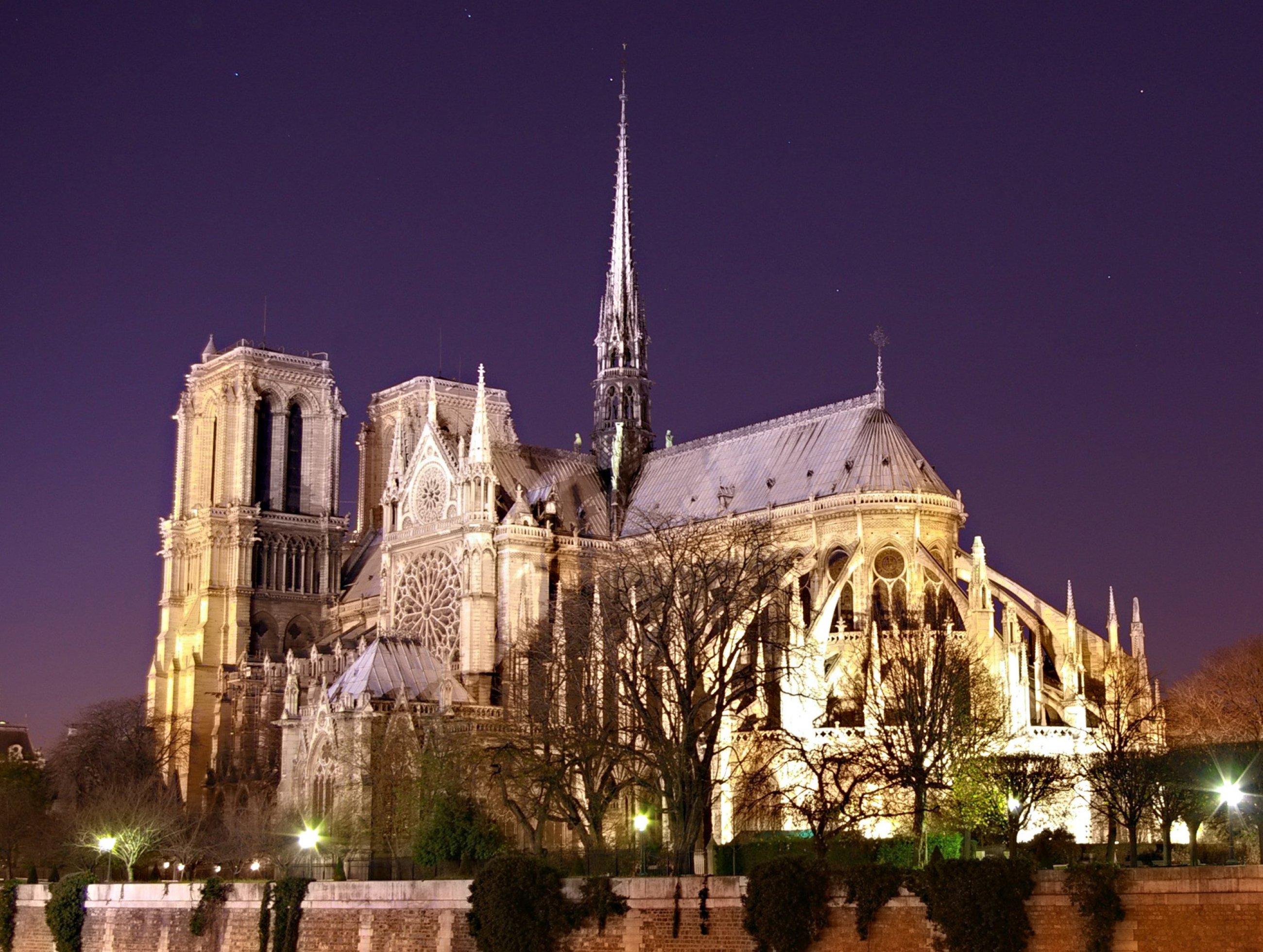 https://bubo.sk/uploads/galleries/7350/notre-dame-de-paris-by-night-time.jpg