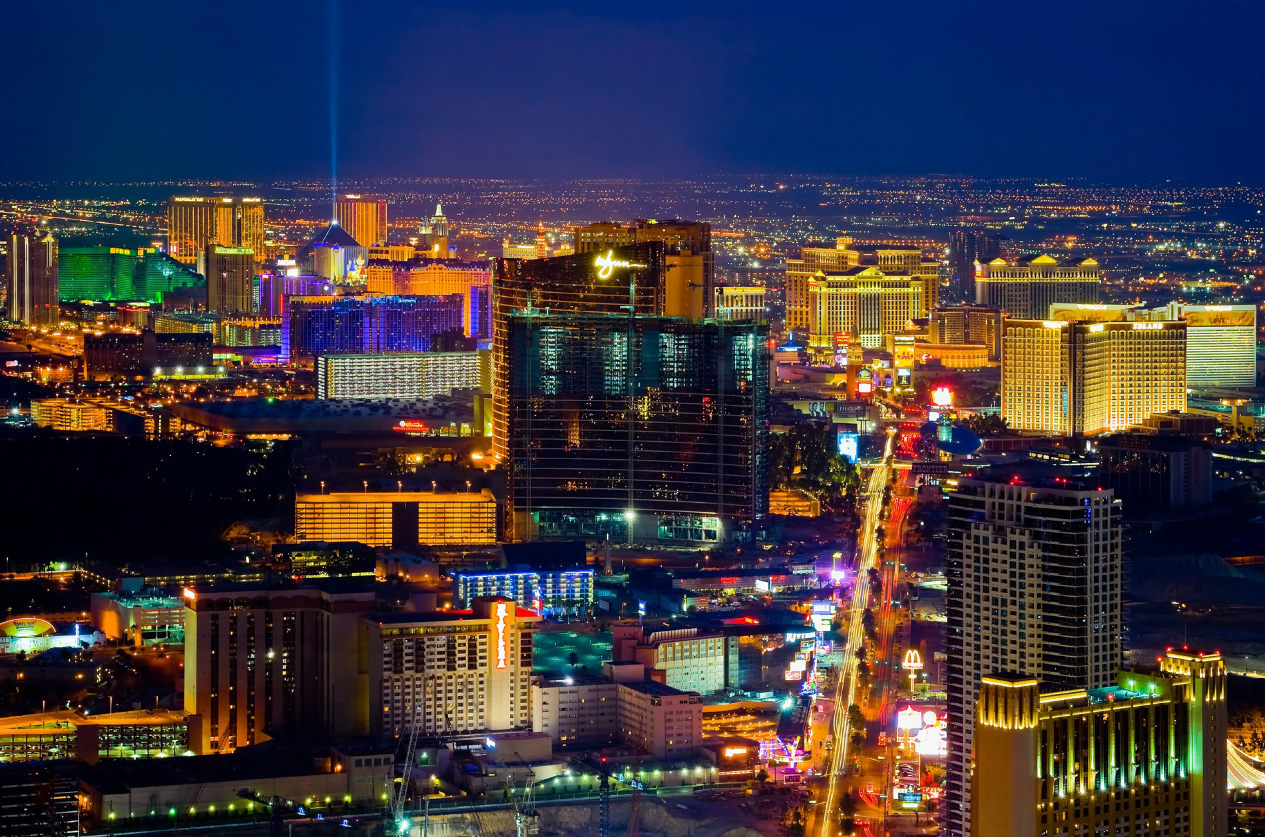 https://bubo.sk/uploads/galleries/7370/lv-las-vegas-las-vegas-from-above-at-night.jpg