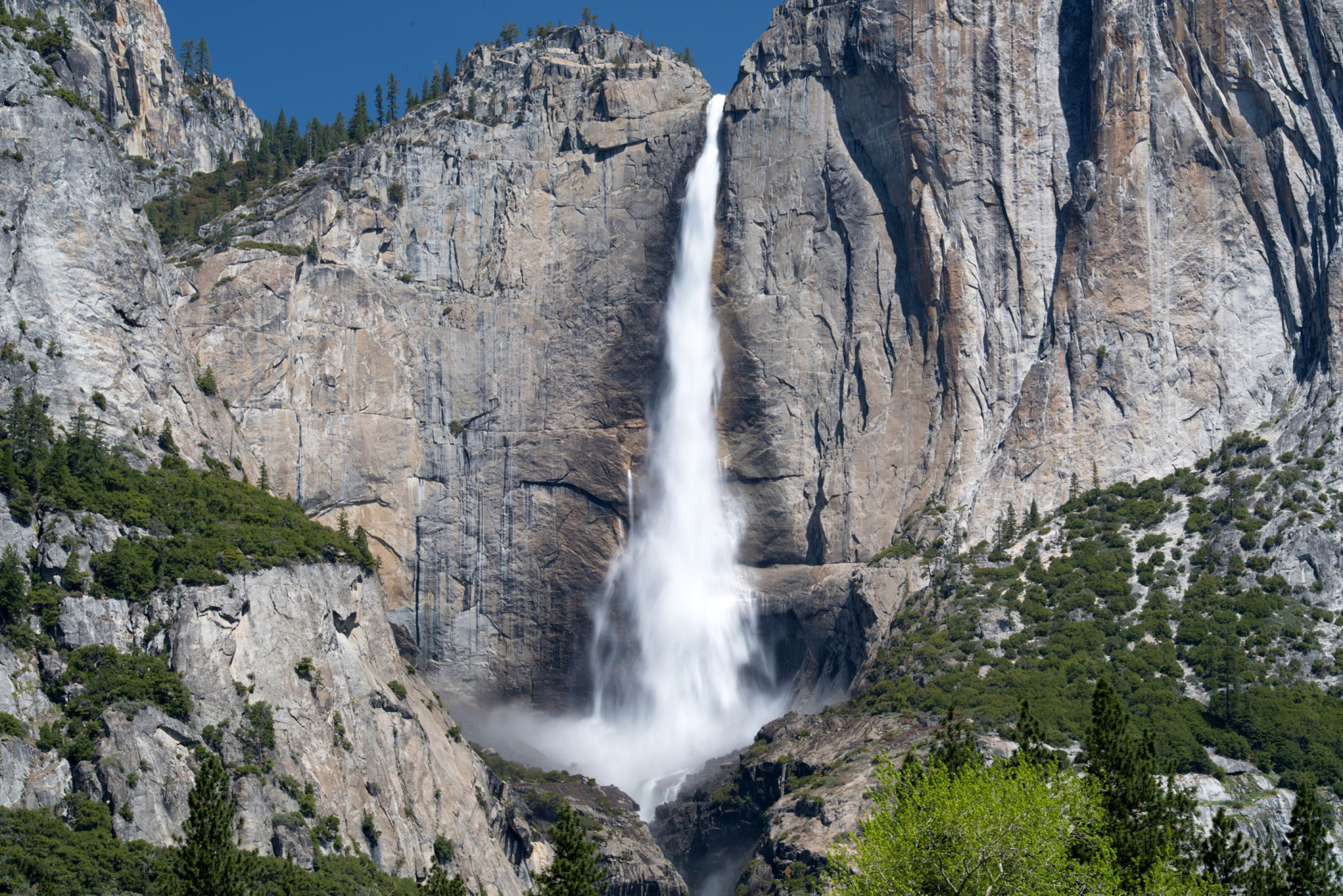 https://bubo.sk/uploads/galleries/7370/yosemite-yosemity-falls.jpg