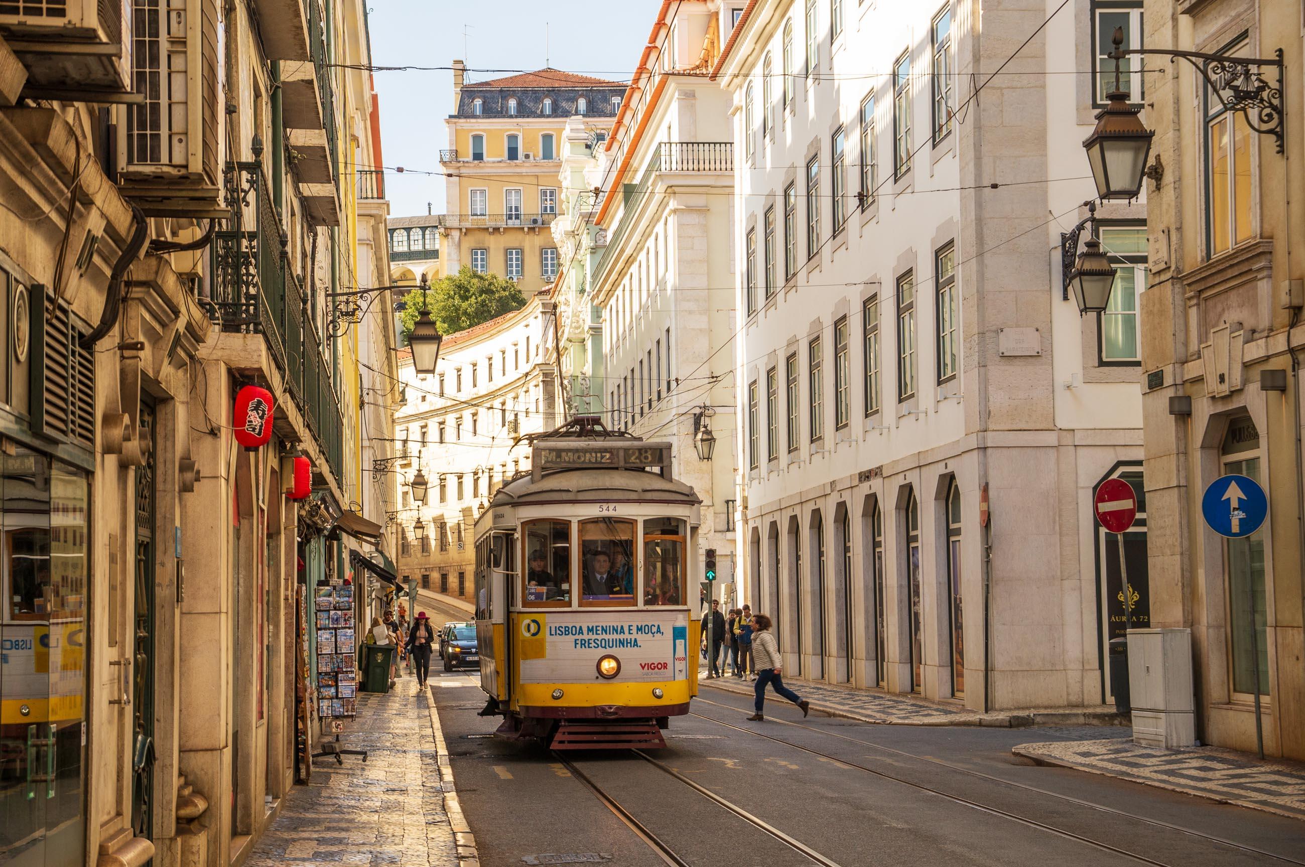 https://bubo.sk/uploads/galleries/7377/jozefzeliznakst_portugalsko_lisabon_dsc05962.jpg