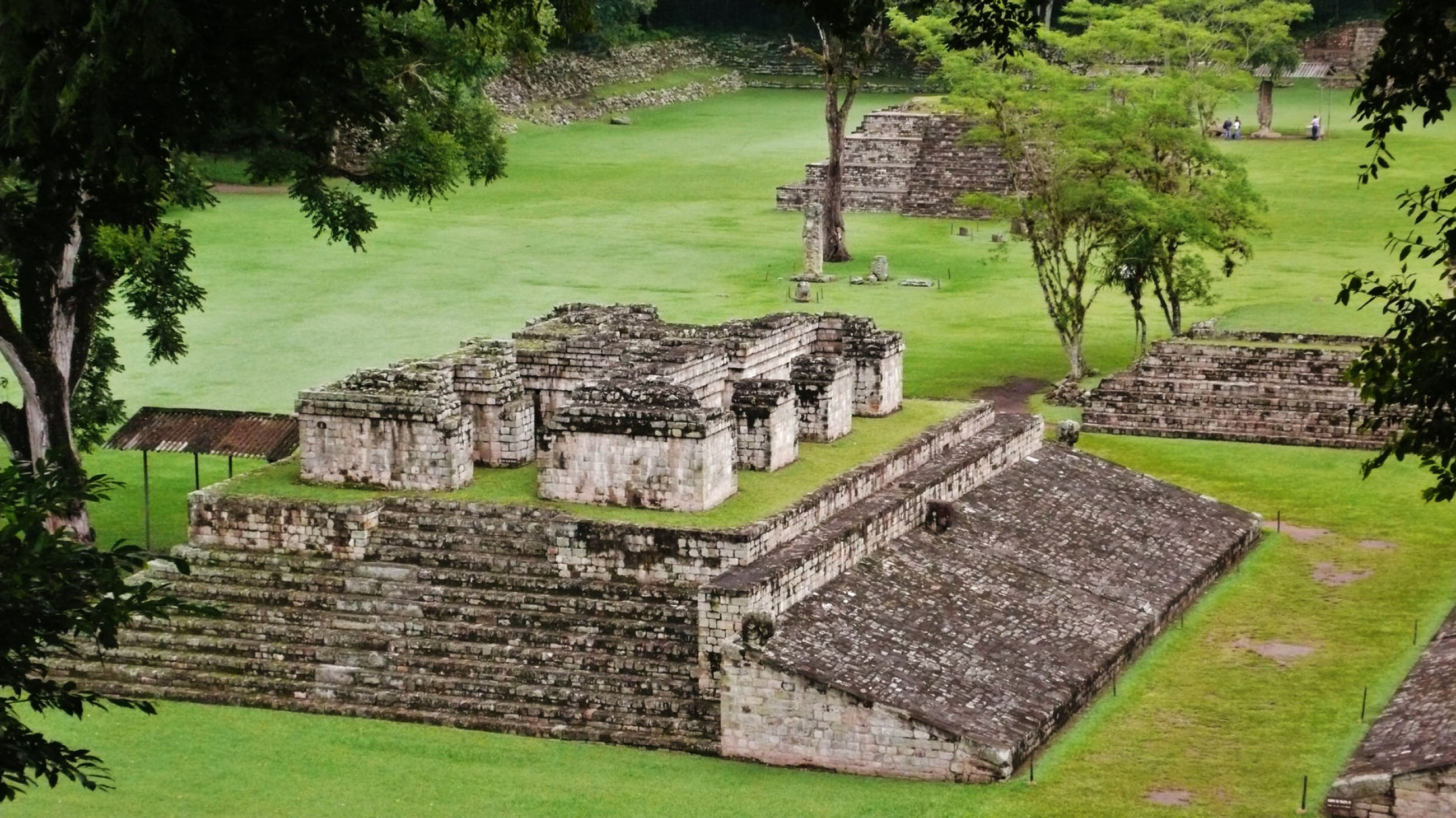 https://bubo.sk/uploads/galleries/7388/honduras-copan-temple-of-structure-4-in-the-copan-ruinas.jpg