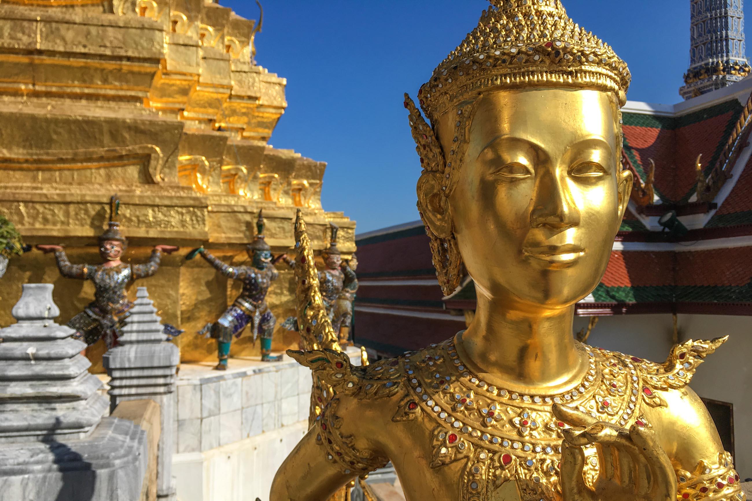 https://bubo.sk/uploads/galleries/7404/hornak_bangkok-palac.jpg
