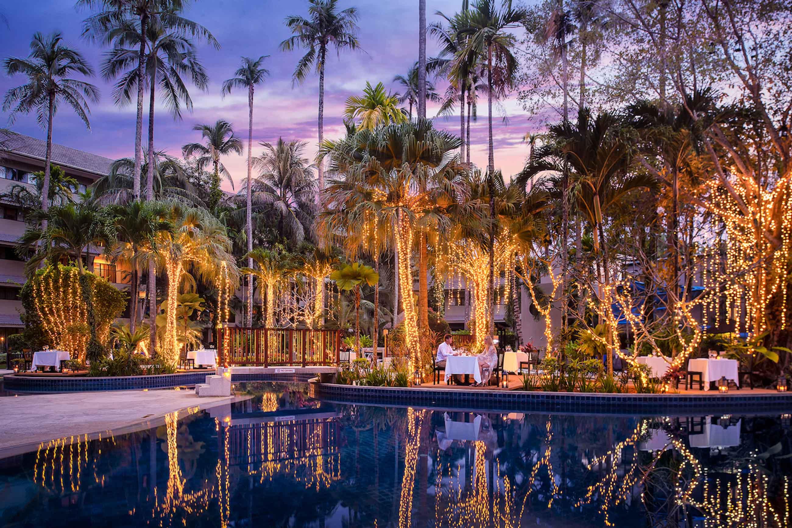 https://bubo.sk/uploads/galleries/7404/novotel-phuket-surin-beach-resort-evening-dinner.jpg