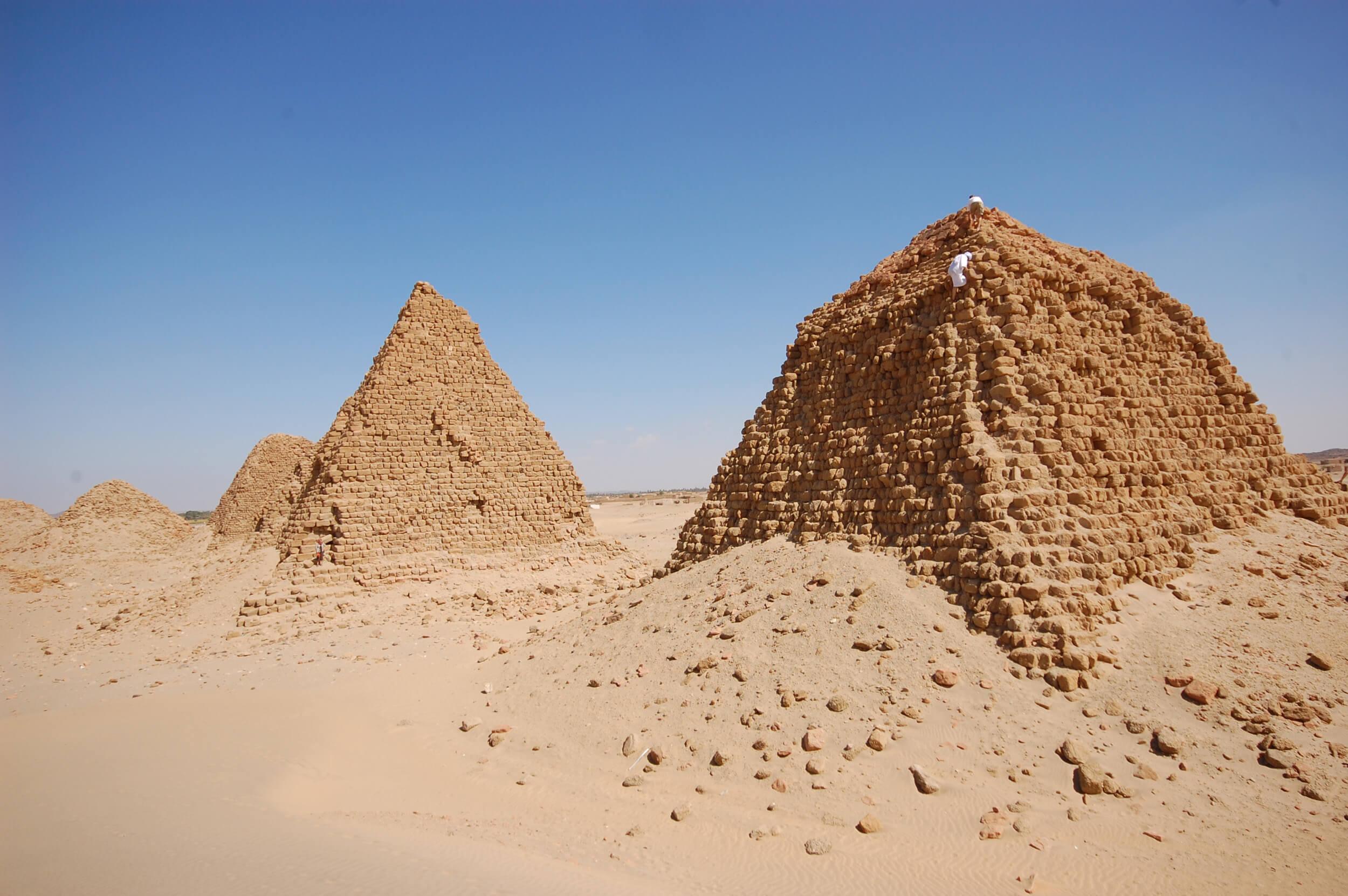 https://bubo.sk/uploads/galleries/7407/lubosfellner_sudan_6s-sudan-a-bubo-foto-exklusive.jpg
