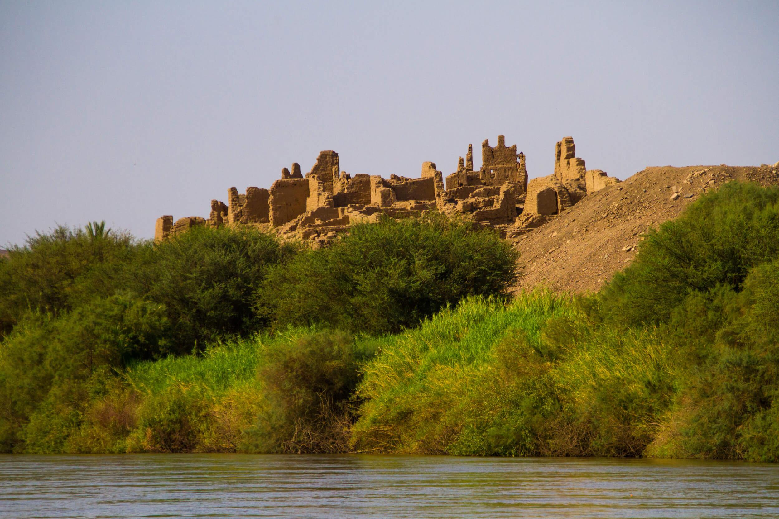 https://bubo.sk/uploads/galleries/7407/marekmeluch_sudan_saiisland.jpg