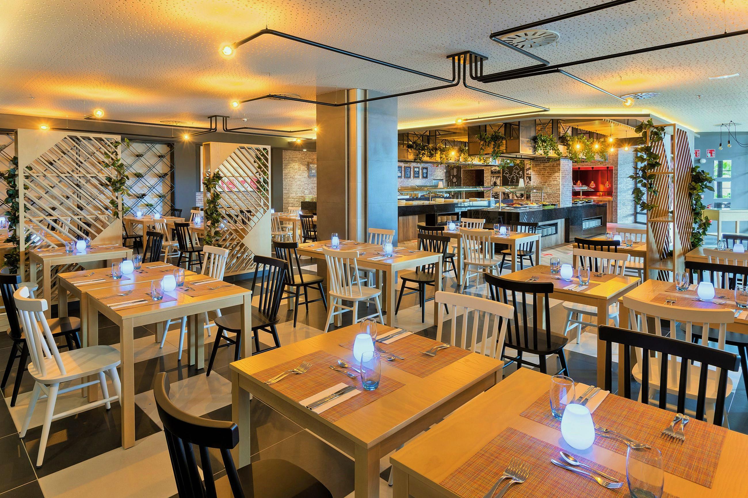 https://bubo.sk/uploads/galleries/7416/bvi_20_045---italian-restaurant_vysledok.jpg