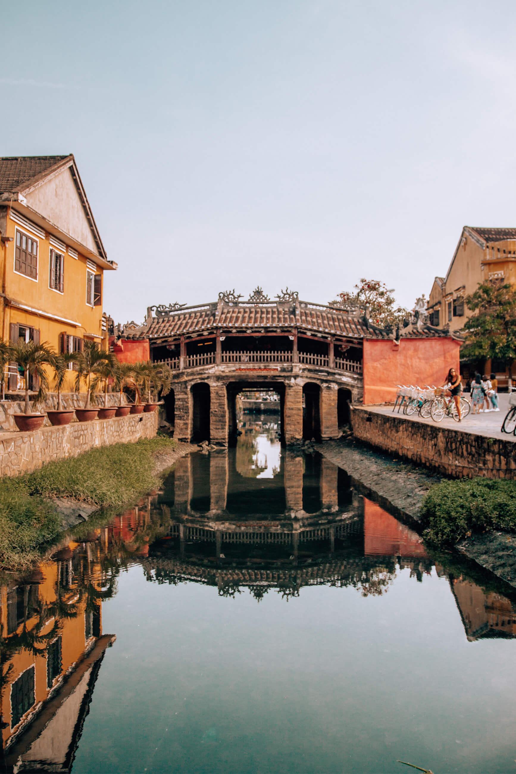 https://bubo.sk/uploads/galleries/7454/zuzkahabekova_vietnam_hoian2.jpg
