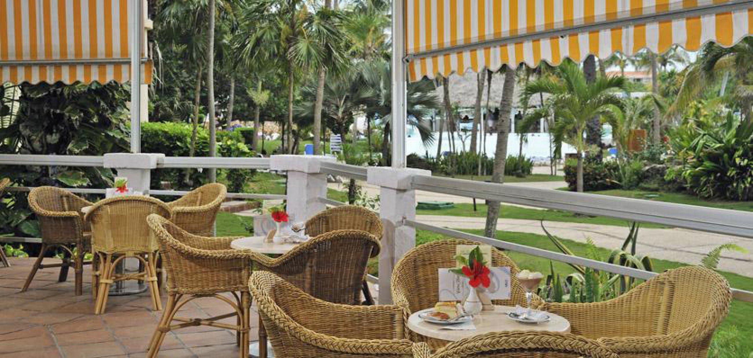 https://bubo.sk/uploads/galleries/7494/20meliavaradero-guantanamera-snack-bar-terrace1.jpg