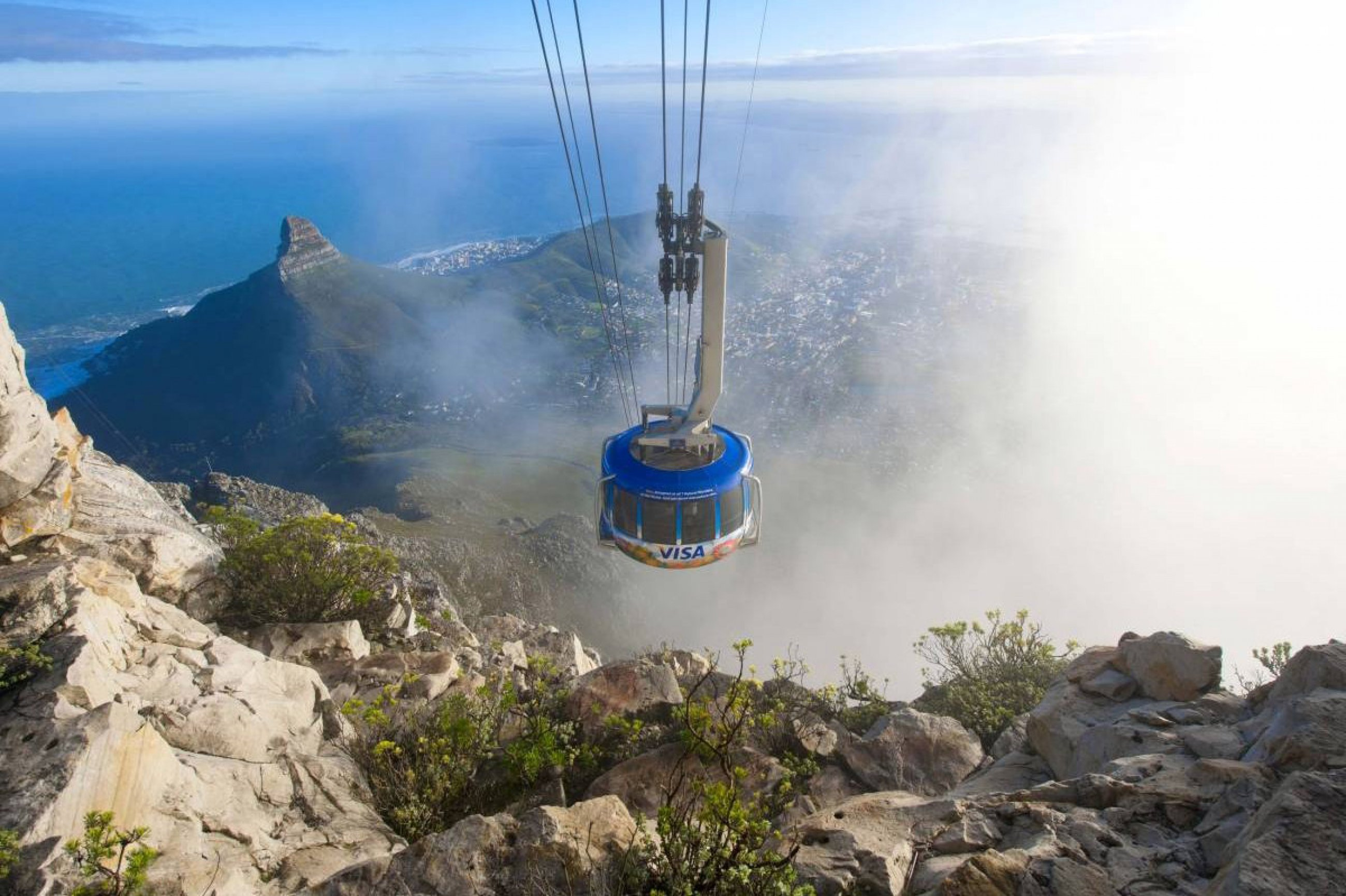 https://bubo.sk/uploads/galleries/7504/cable-car-in-clouds-1200-800-70-s.jpg