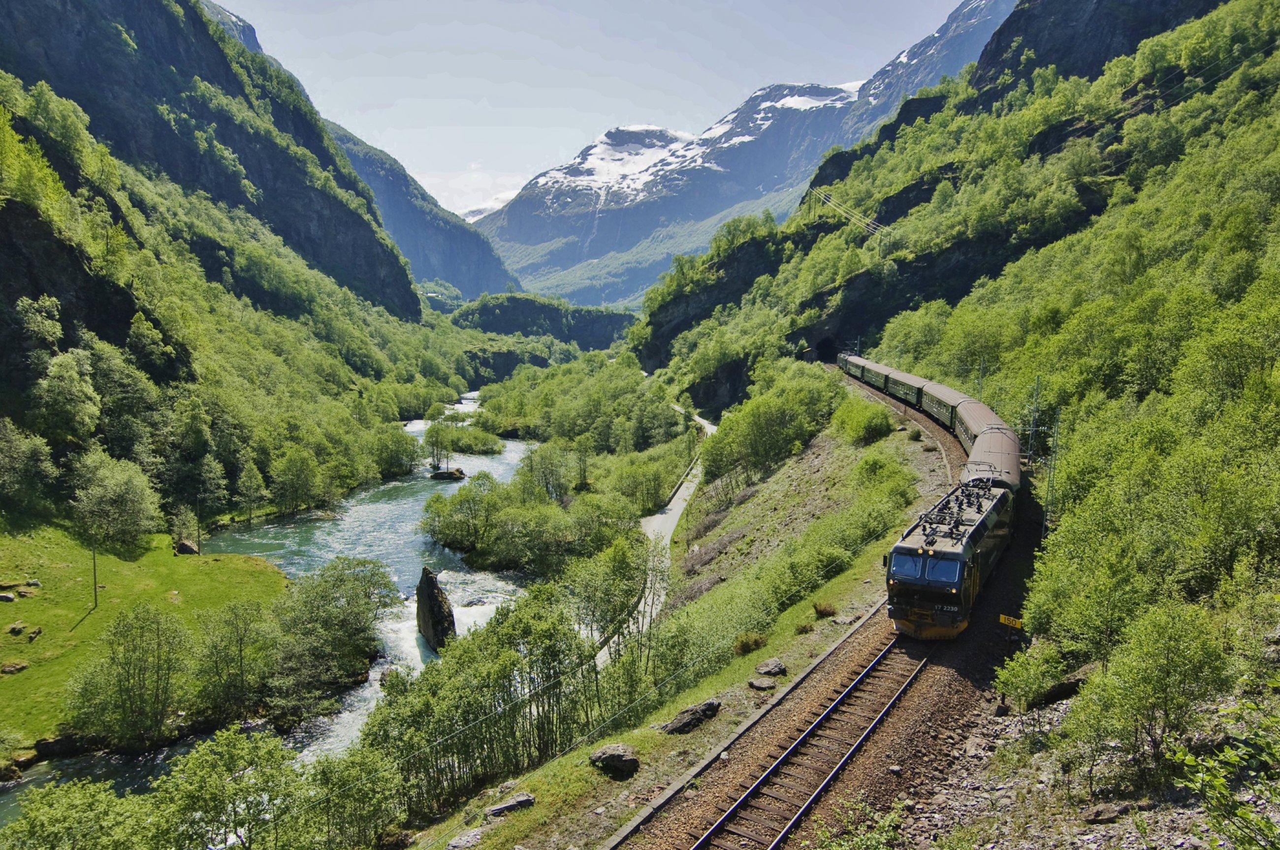 https://bubo.sk/uploads/galleries/7531/fl-m-railway-terje-rakke-nordic-life-as-fjord-norw.jpg