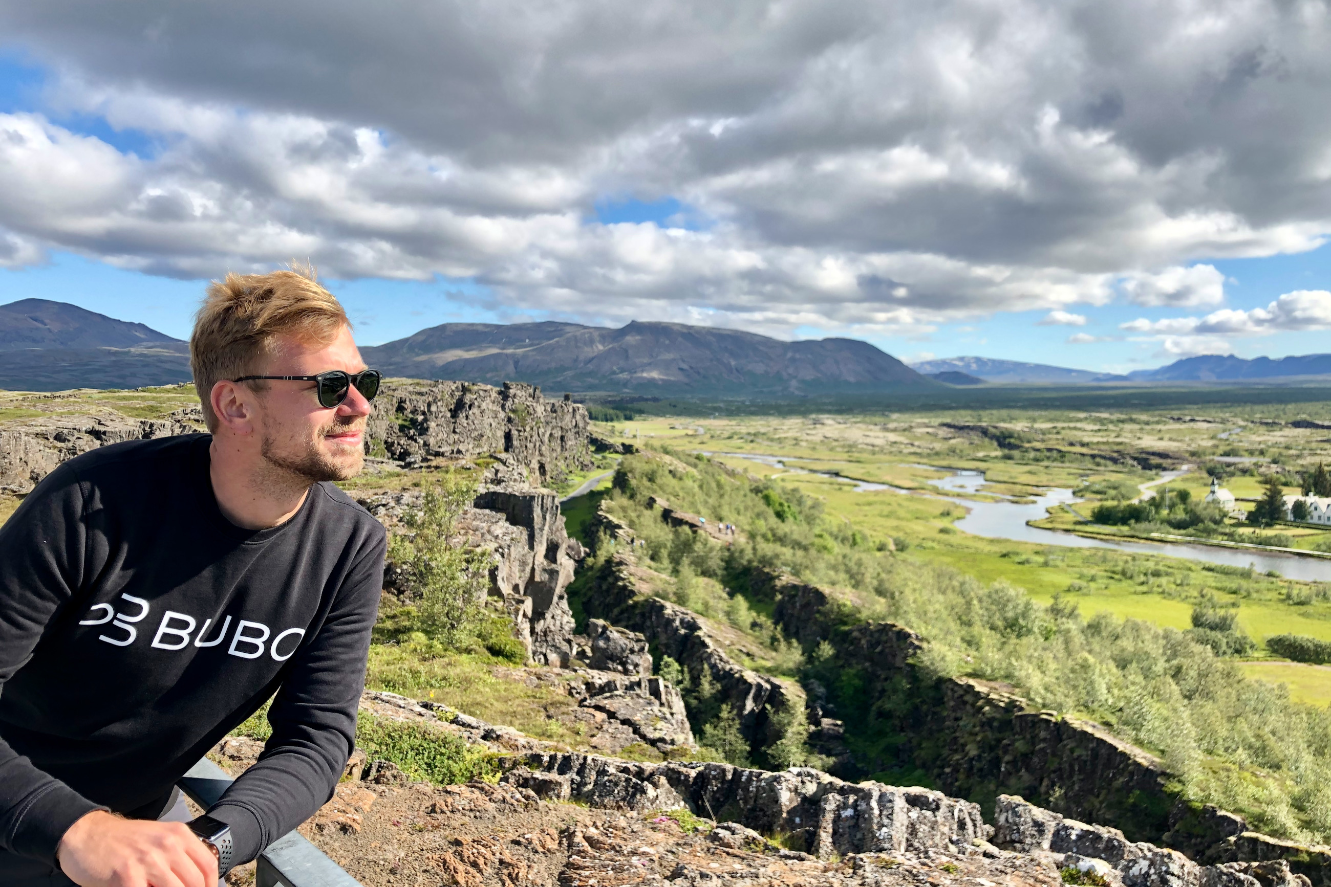 https://bubo.sk/uploads/galleries/7536/robert_taraba_thingvellir_island.jpeg
