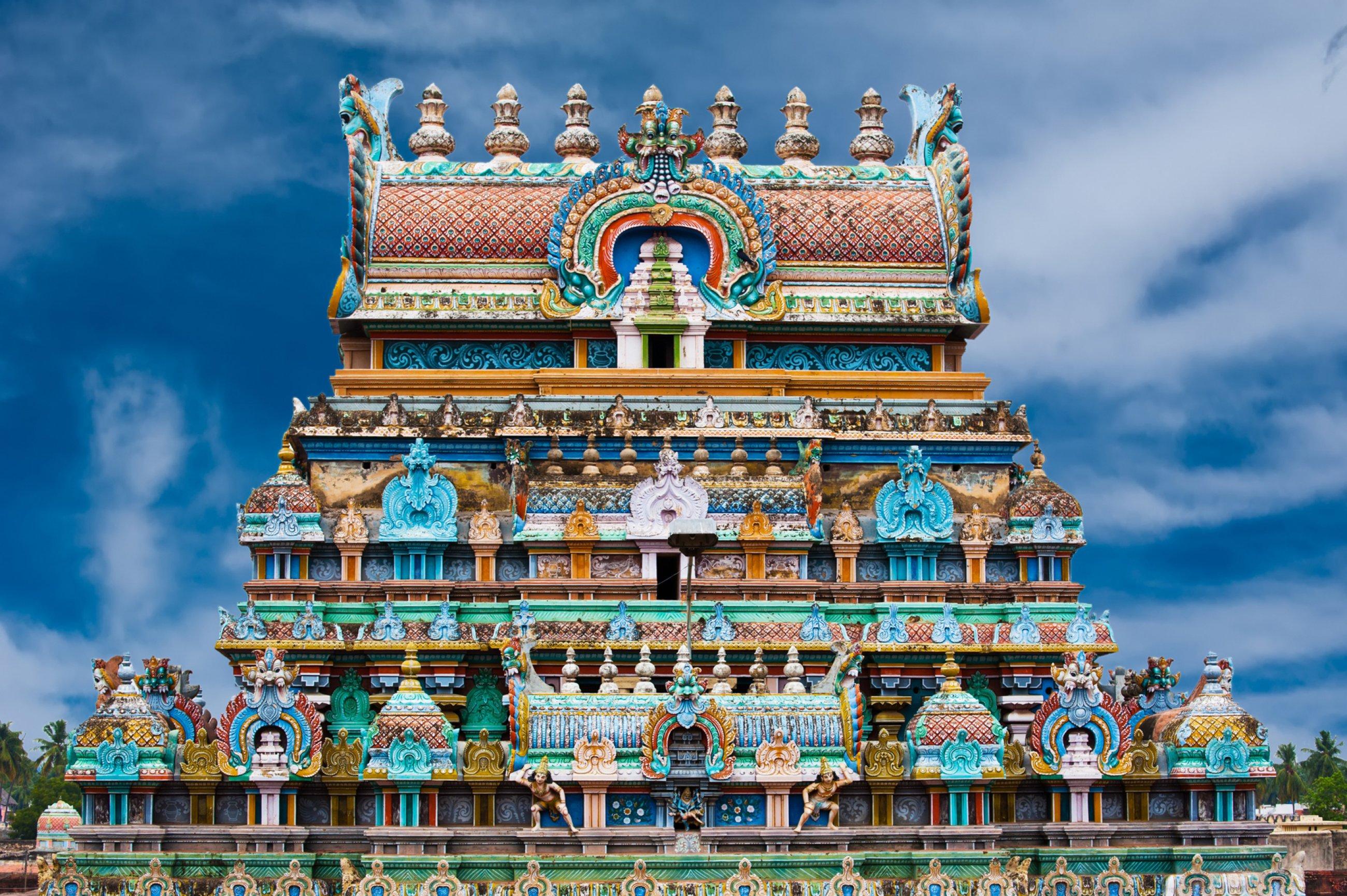 https://bubo.sk/uploads/galleries/7543/0hlavna-sri-ranganathaswamy-temple.-india-dreamstime-xl-34928463.jpg